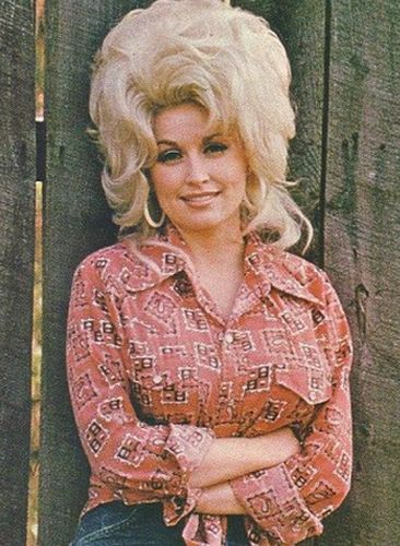 Dolly Parton Plastic Surgery Gracefully Getting Old Or