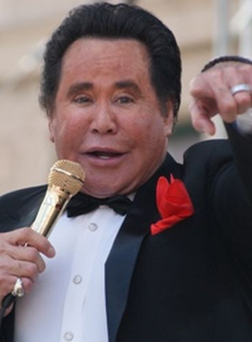 wayne newton plastic surgery  a scary midnight idol
