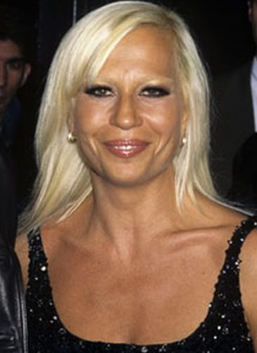 donatella versace plastic surgery not fashionable at all. Black Bedroom Furniture Sets. Home Design Ideas